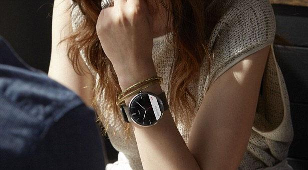 умные часы motorola