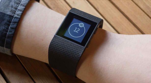 Fitbit Surge умные часы обзор