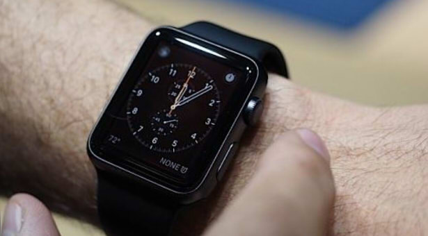 apple watch sony smartwatch 3 сравнение