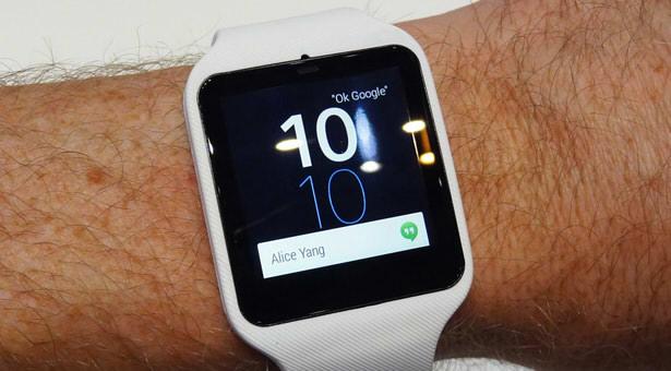 умные часы sony apple сравнение
