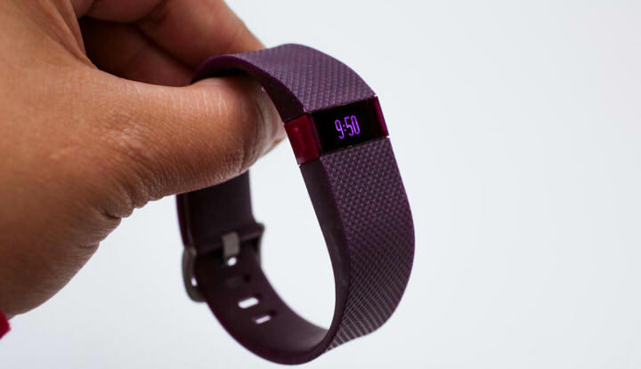 FitBit Charge HR функции