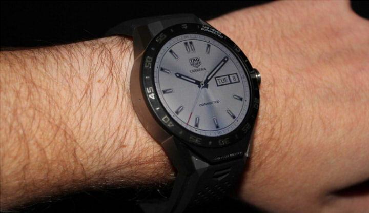 умные часы tag heuer connected фото