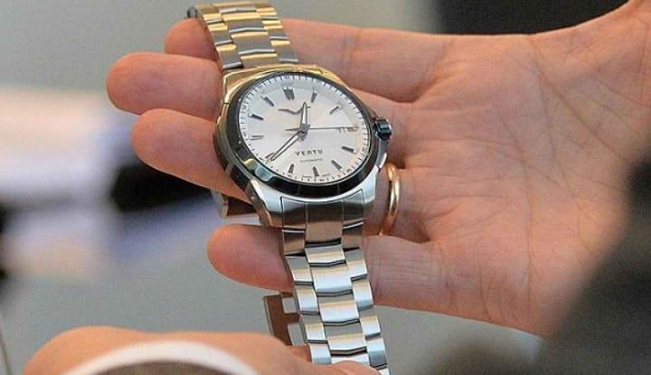 умные часы Vertu