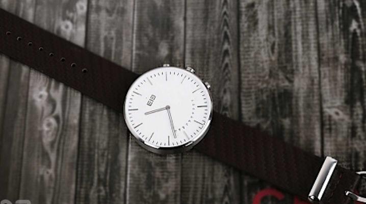 Elephone W2 умные часы