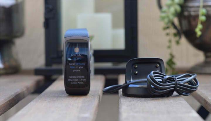 Док-станция браслета Samsung Gear Fit2