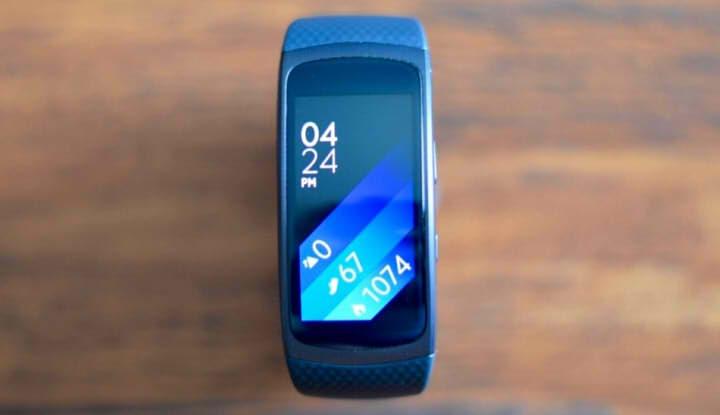 Внешний вид браслета Samsung Gear Fit2