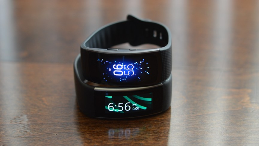 Samsung Gear Fit 2 vs Microsoft Band 2