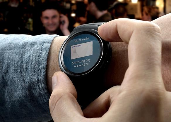 Samsung Gear S2 бесконтактные платежи с помощью Samsung Pay
