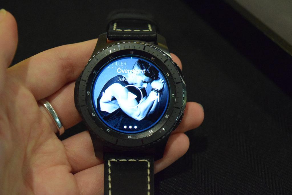Экран Samsung Gear S3
