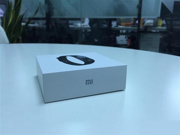 xiaomi-mi-band-2-new-white-box-2