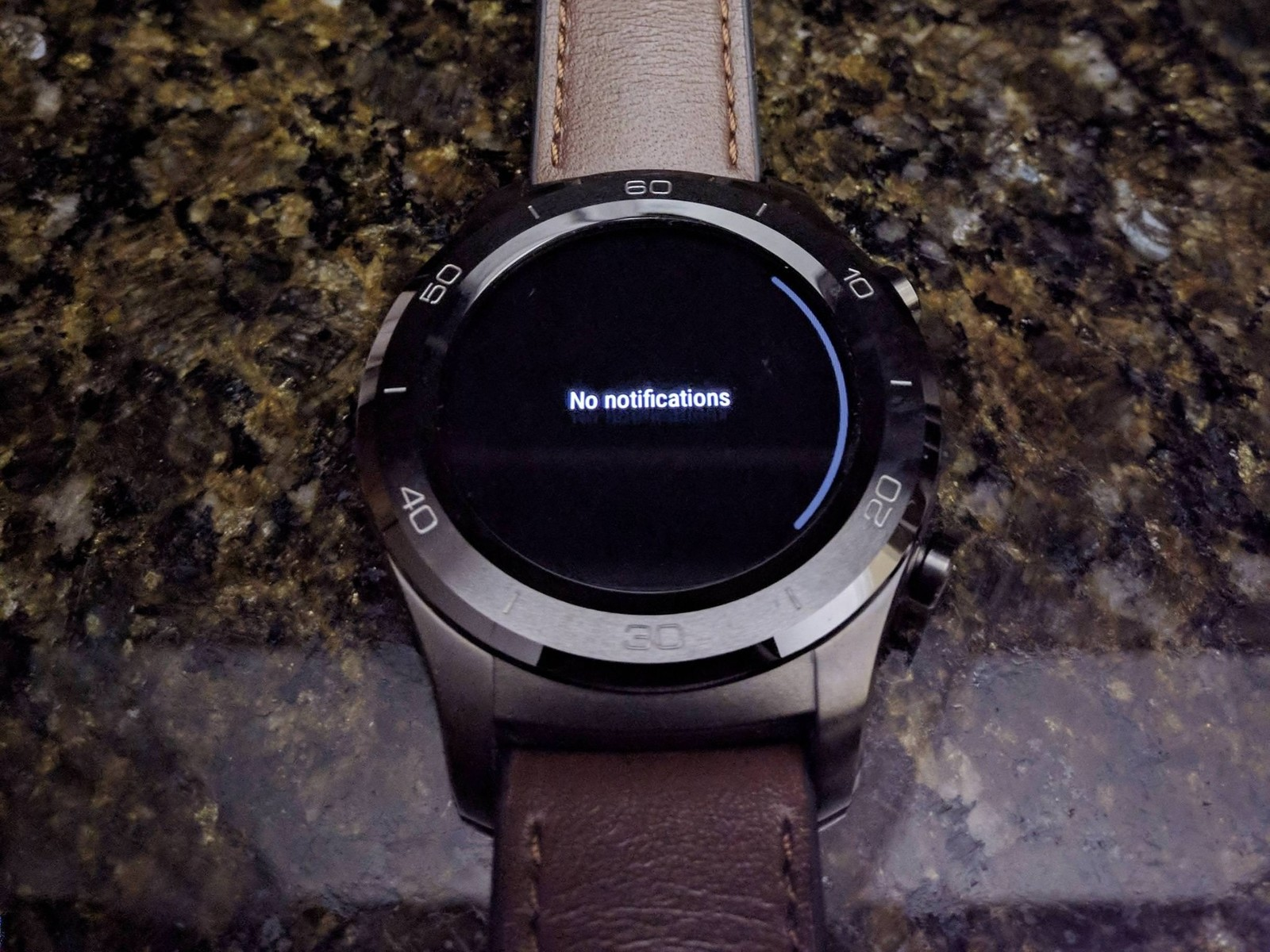 Черная тема Android Wear