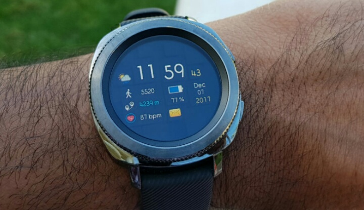 Samsung готовит к выпуску умные часы Gear X с датчиком давления крови