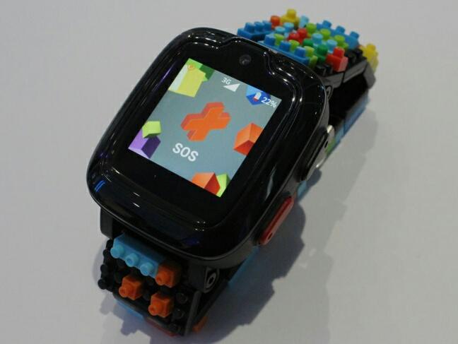 Omate x Nanoblock - сигнал SOS
