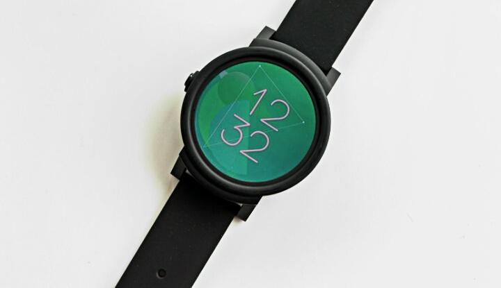 Обзор смартчасов Ticwatch E на системе Wear OS, с GPS и датчиком пульса