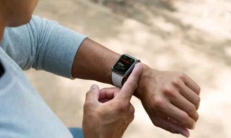ЭКГ в Apple Watch