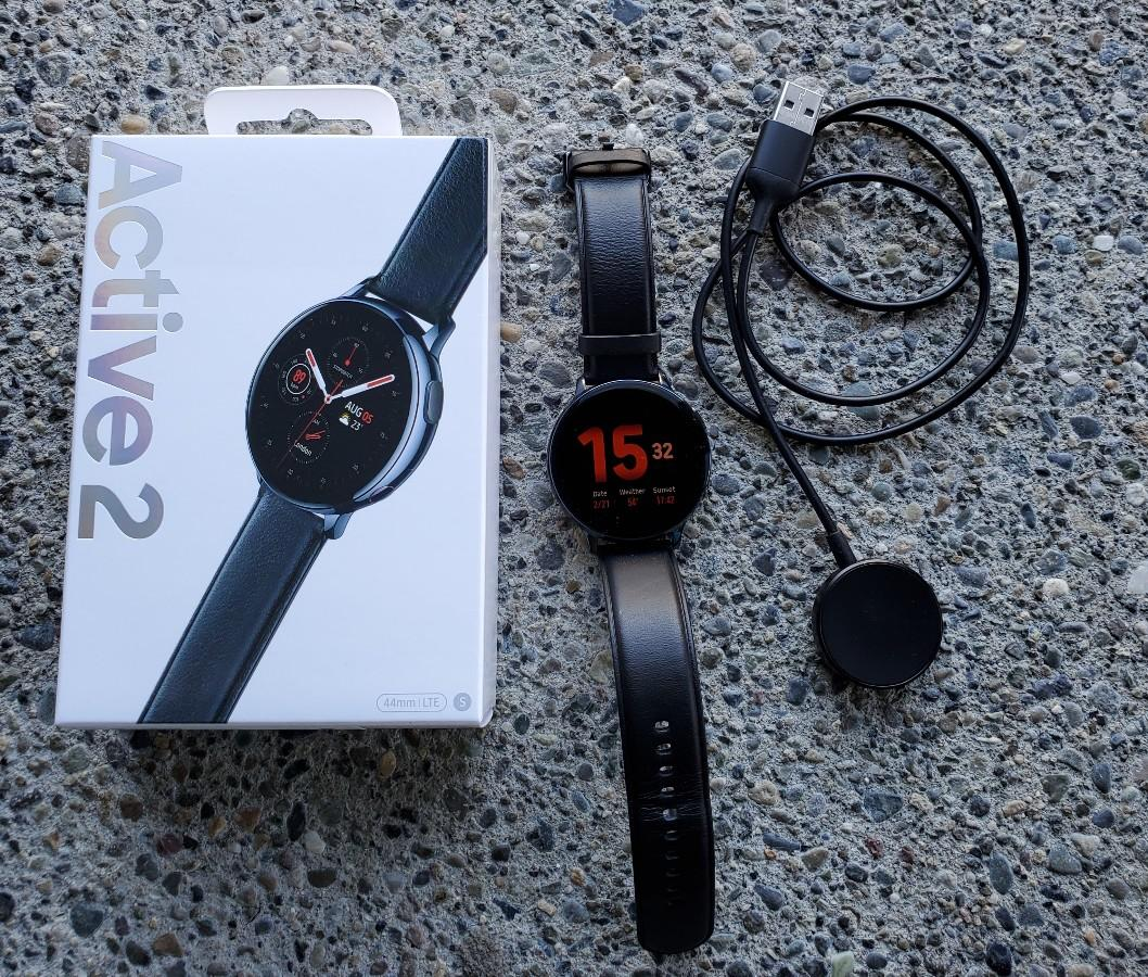 Комплект Watch Active2