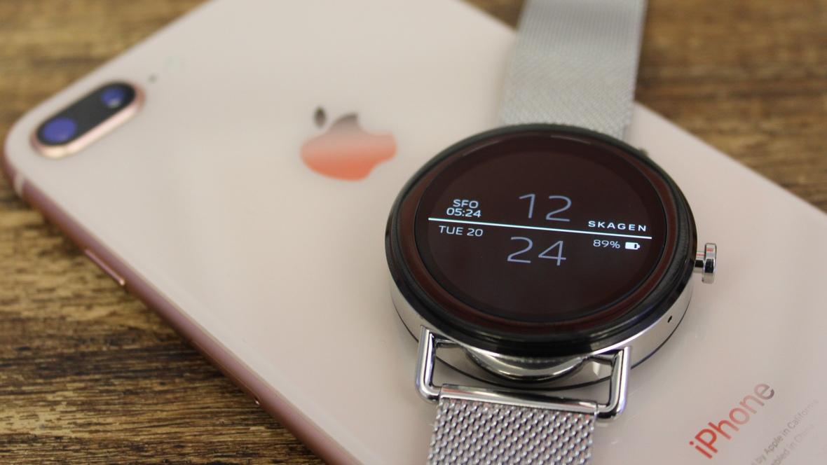Синхронизация iPhone с часами на Wear OS