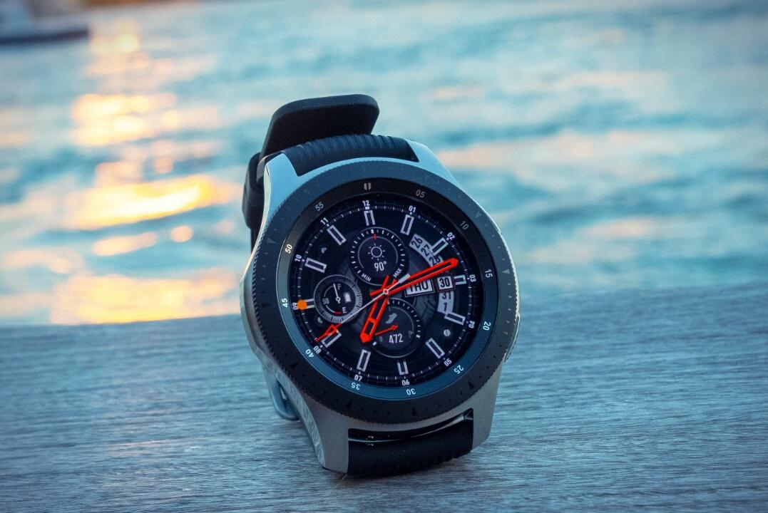 Первые Galaxy Watch